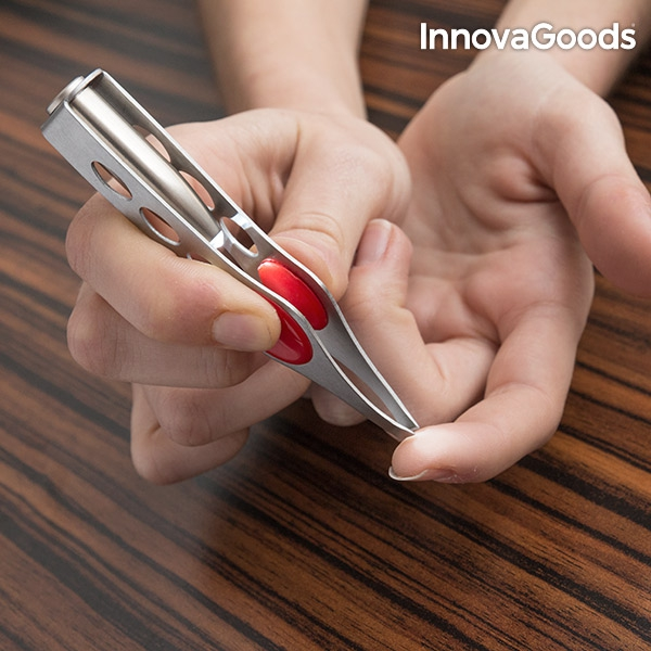 InnovaGoods Tweezers with LED light