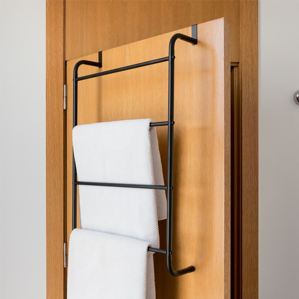 Hanging Towel Rail Stairs