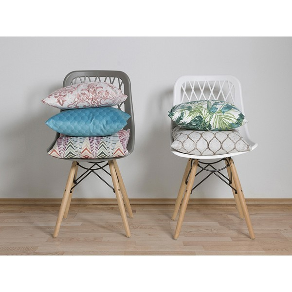 images/3cushion-ryan-multicolour.jpg